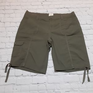 St John's Bay Olive Green Cargo Shorts